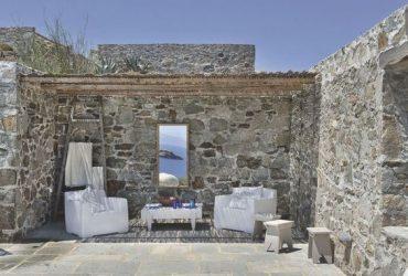 Marzo: se aveste una casa in Grecia questo quello che pensereste…